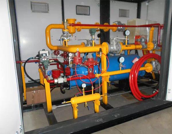 CNG decompression station